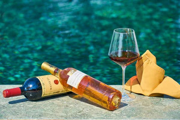 How to keep your expensive wines fresh?