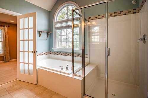 Cabinet mirrors you might need for your bathroom
